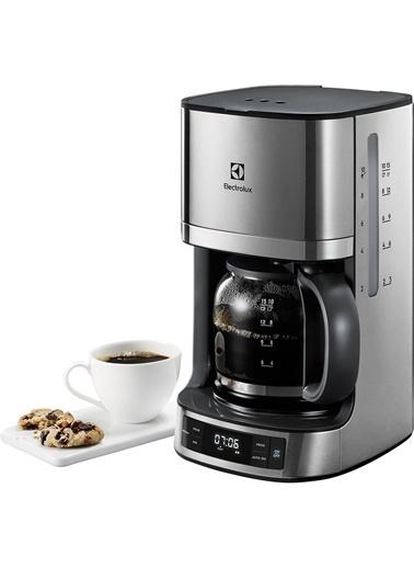 Electrolux Ekf7700 Aroma Ve Zaman Ayarlı Filtre Kahve Makinesi + 100'Lü Filtre Kahve Kağıdı Hediyeli Gümüş